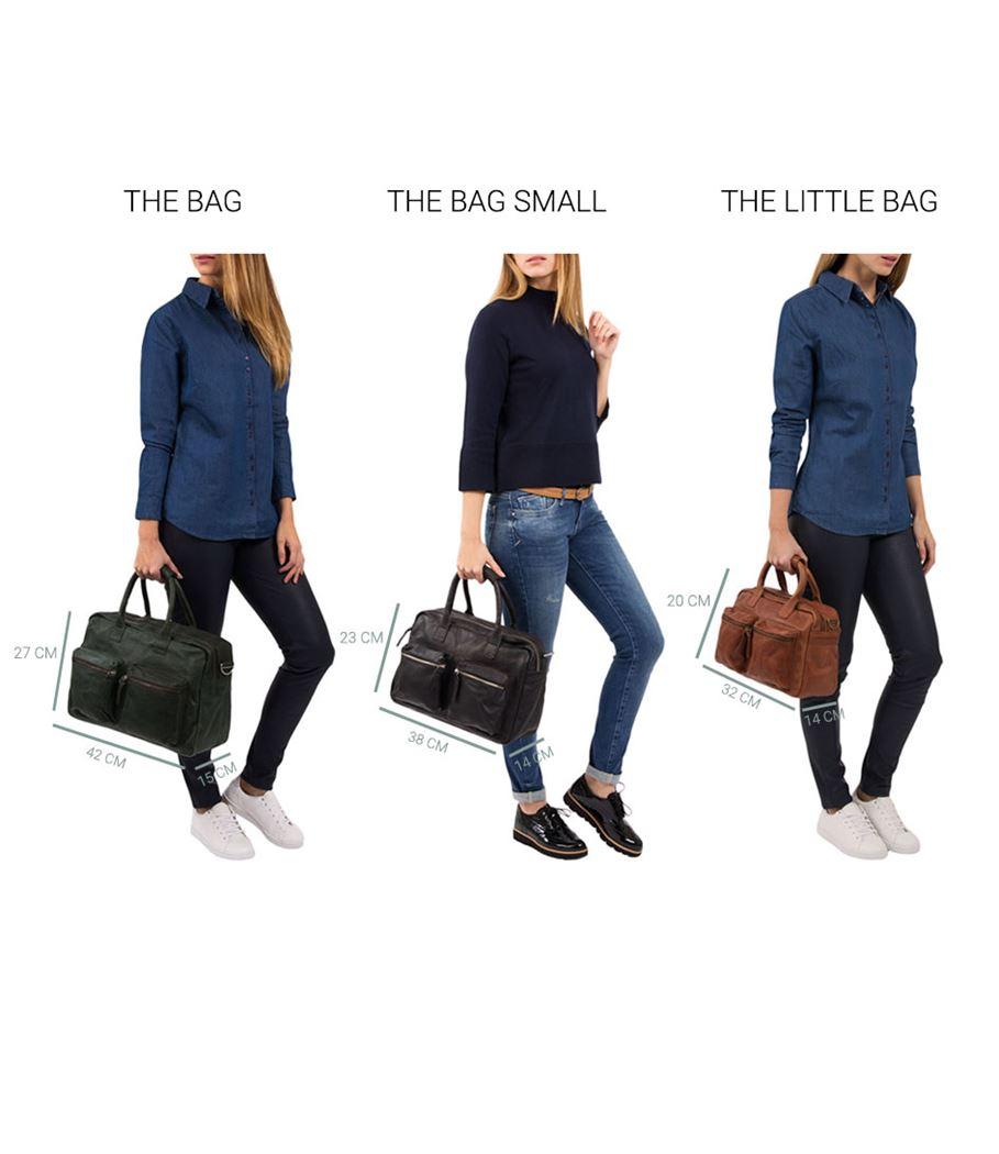 De Laptopbag Washington is een stoere laptoptas van het merk Cowboysbag. De Laptopbag Washington heeft een laptopvak geschikt voor 15.6 inch laptops. Het leer van de tas voelt super aan en heeft een stoere uitstraling. De schoudertas beschikt over een lange schouderband die verstelbaar en afneembaar is en 2 handvatten.